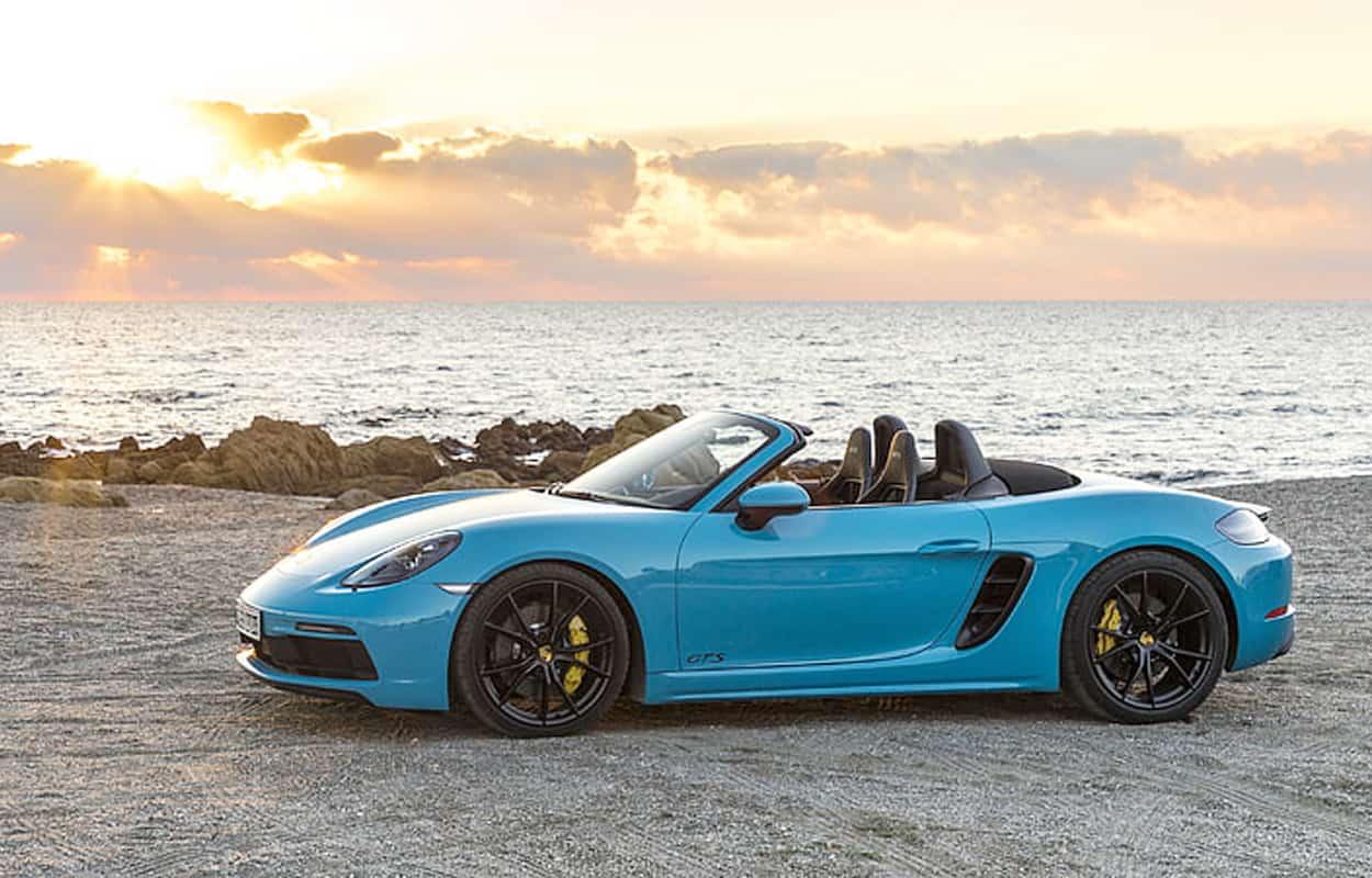 2 door luxury sports cars 2