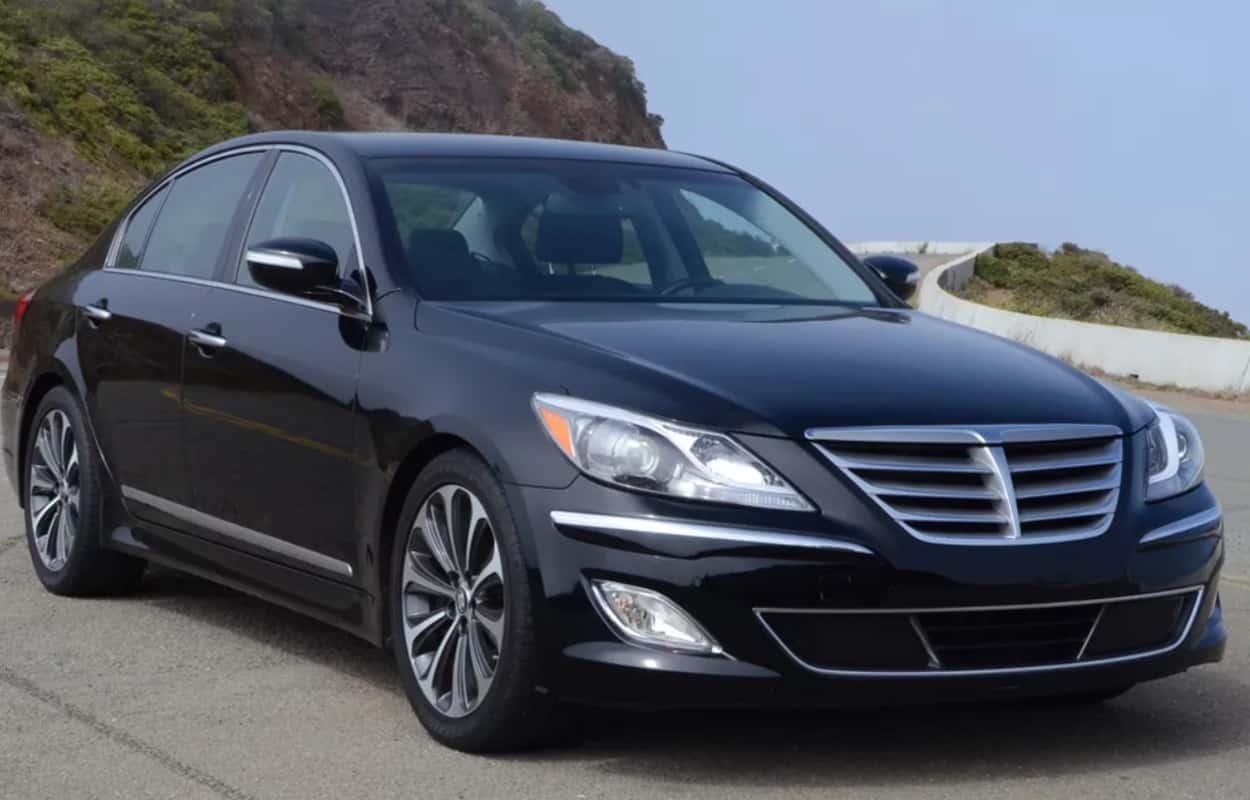 15 Cheap Luxury Cars 10