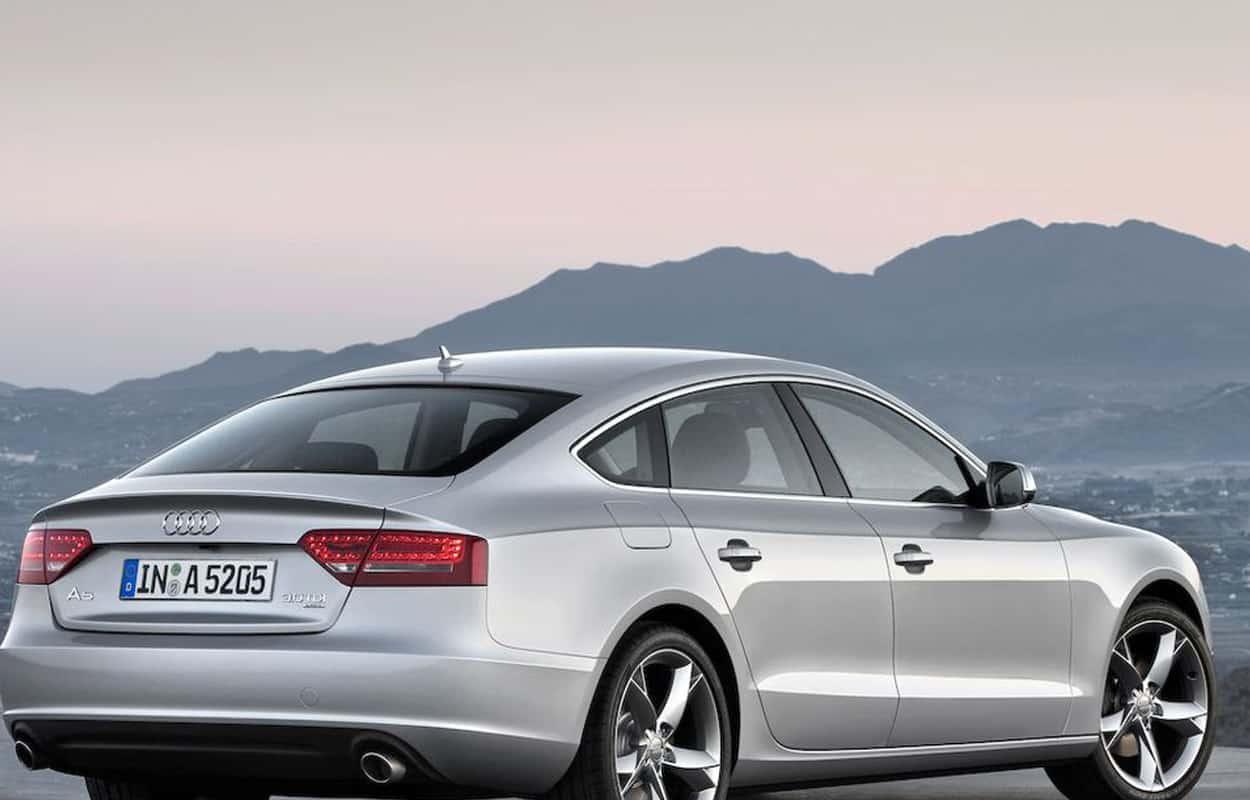 15 Cheap Luxury Cars 3