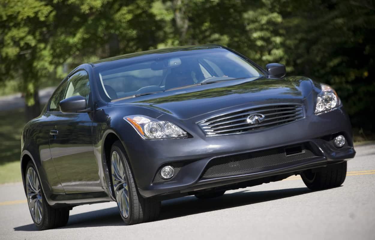 15 Cheap Luxury Cars 7