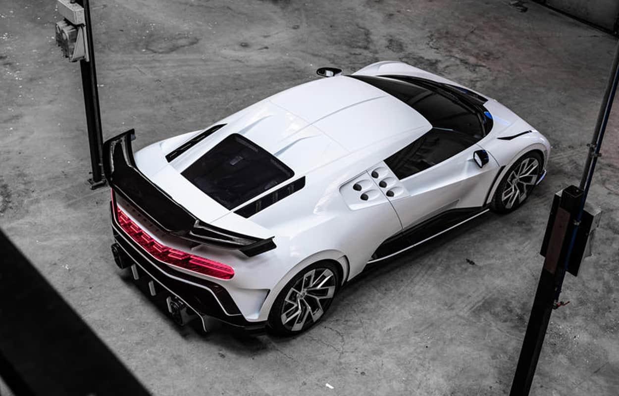 Luxury Car Bugatti 4